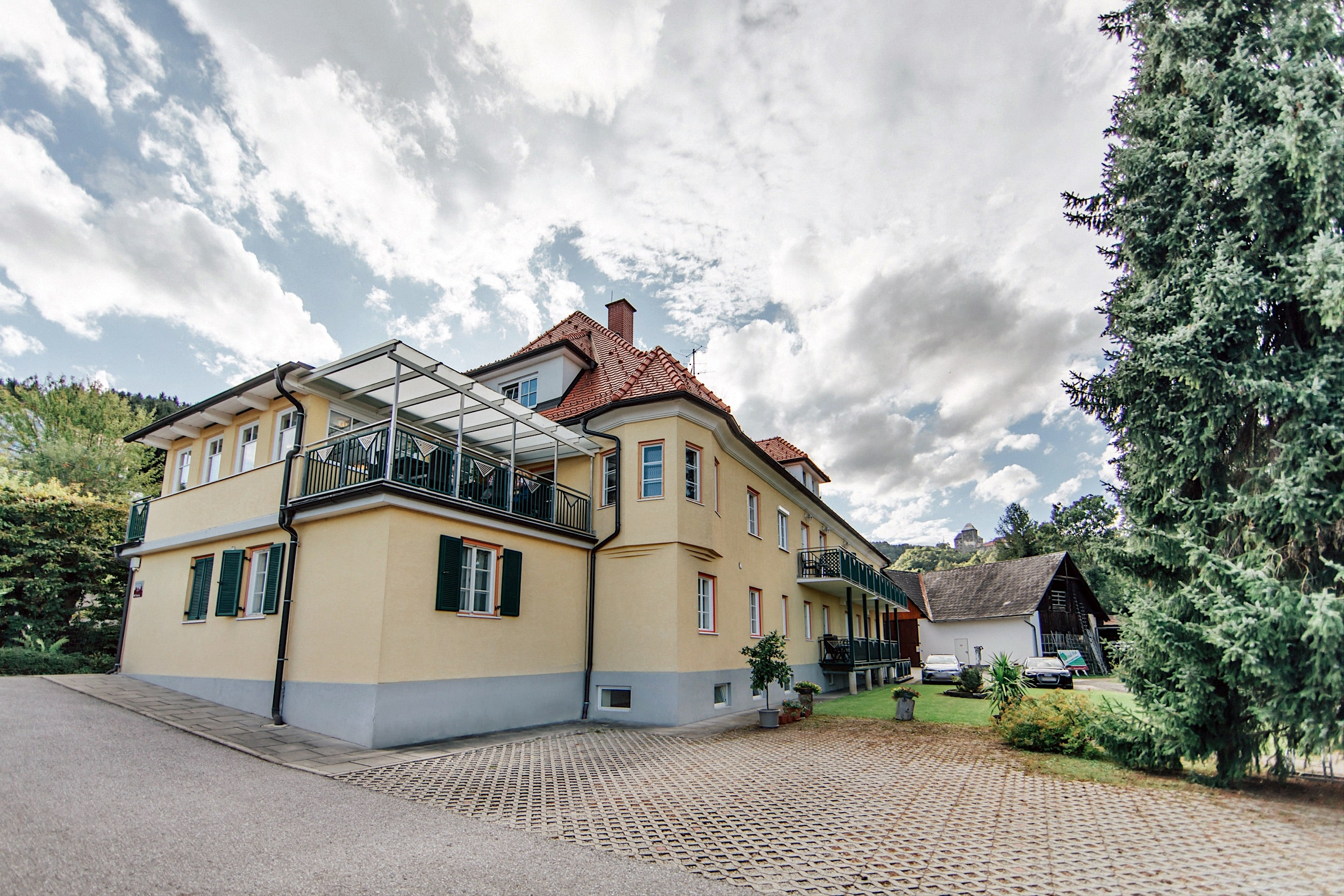 Startseite Slider groß + Zimmer Gästehaus Gästehaus
