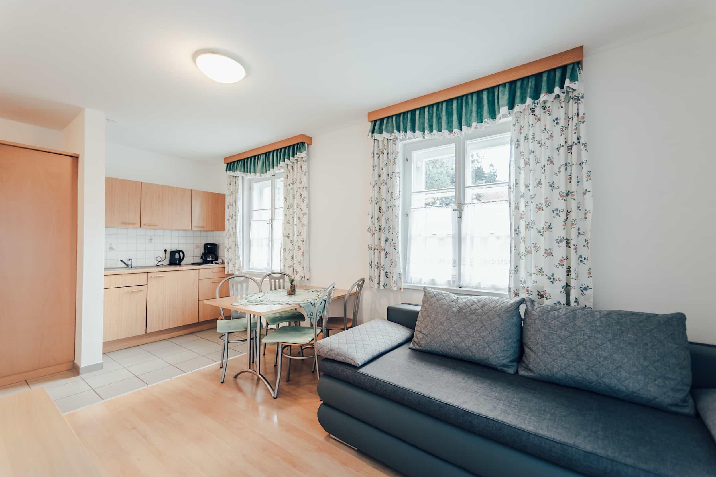 Zimmer Gästehaus Junior Suite